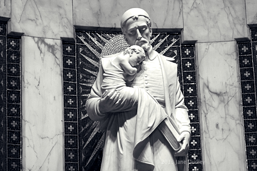 Statue of St. Vincent de Paul
